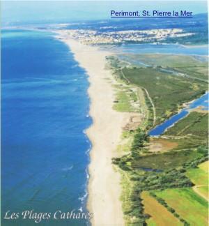 Sandstrand am Mittelmeer mit Ferienwohnungen in St. Pierre la Meer