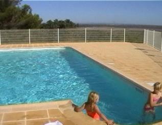 Swimming Pool Ferienhaus Suedfrankreich